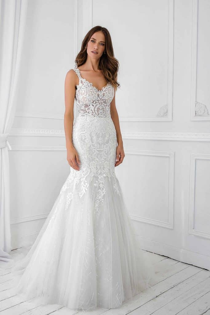 V-neck Lace and Tulle Wedding Dress
