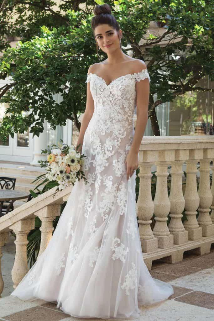 44075 wedding dress by Sincerity Bridal